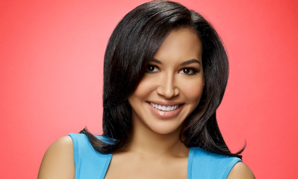 "Relembre Naya Rivera em ""Glee"" cantando ""Songbird"" do Fleetwood Mac"