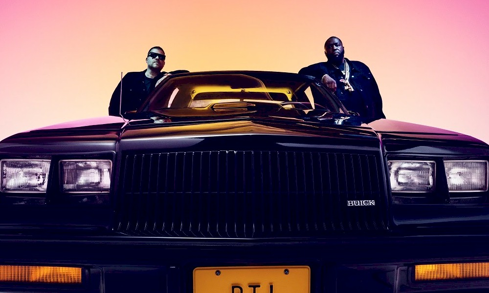 "Run the Jewels lança lyric video de ""Ju$t"", parceria com Pharrell Williams e Zack de la Rocha"