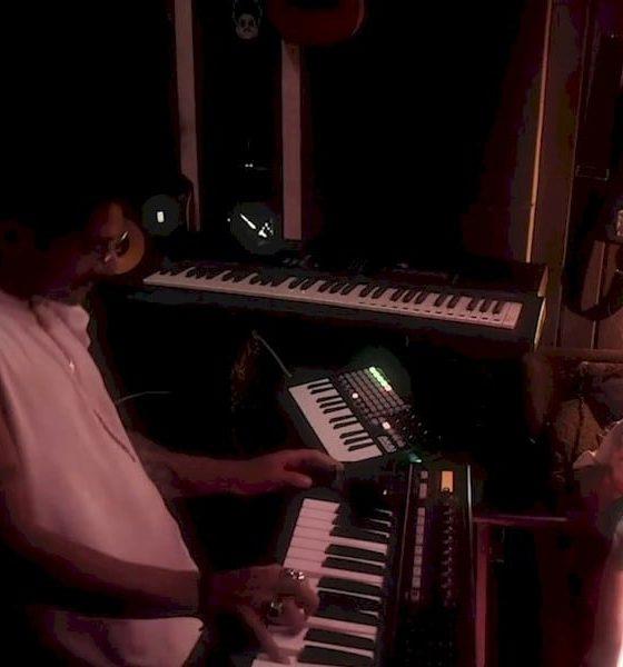 DJ Thai e Jade Baraldo levam Amy Winehouse pro baile funk em sessão ao vivo