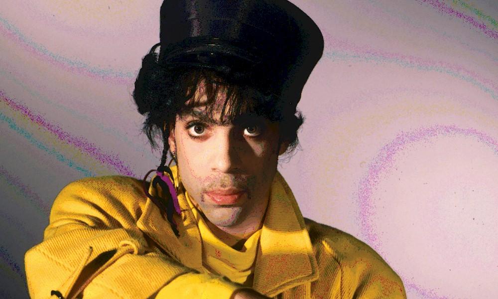 "Prince: gravadora disponibiliza música inédita ""Cosmic Day"""