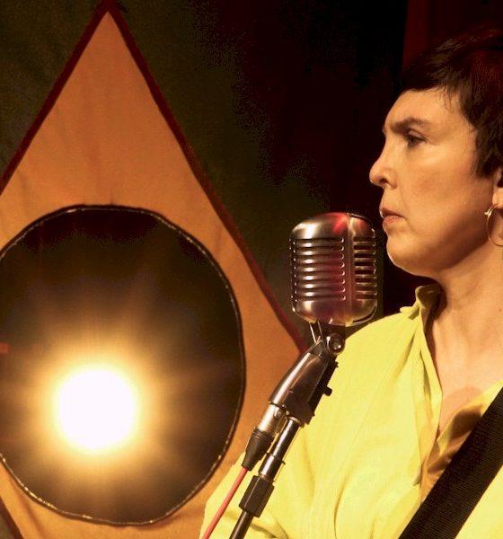 """Adriana Calcanhotto anuncia a canção """"2 de junho"""", dedicada ao menino Miguel"""