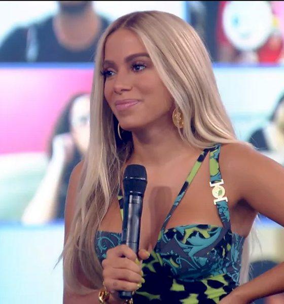 """Anitta sobre sucesso com Cardi B: """"No meu inicio no Brasil, não tive essa ajuda"""""""