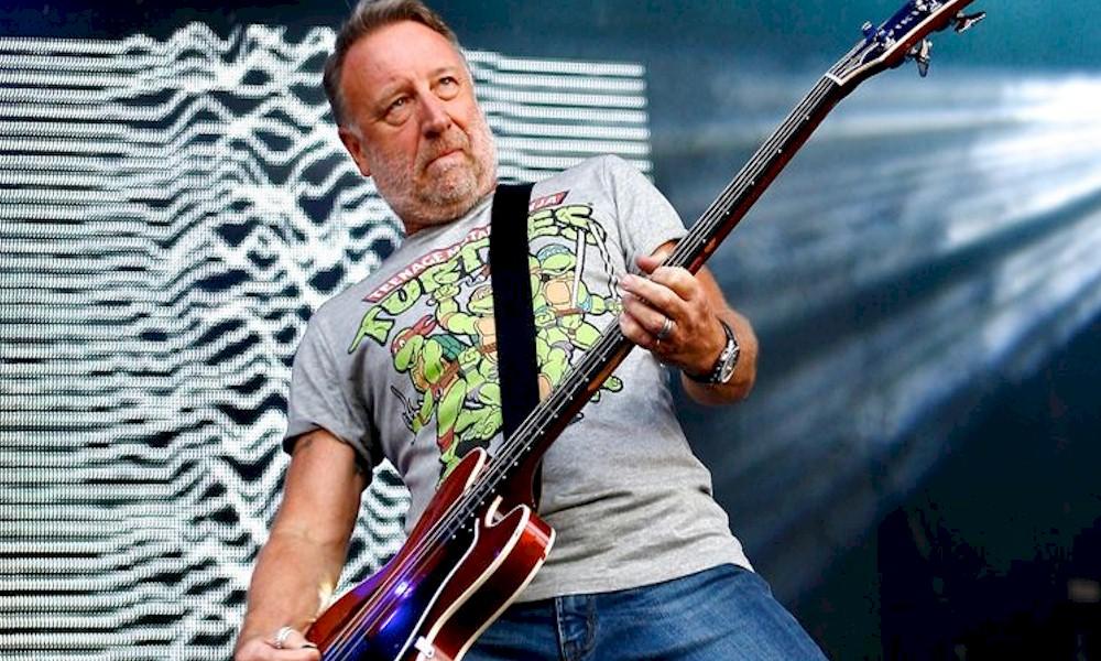 """New Order: ex-baixista quer """"resolver as coisas"""" com a banda"""