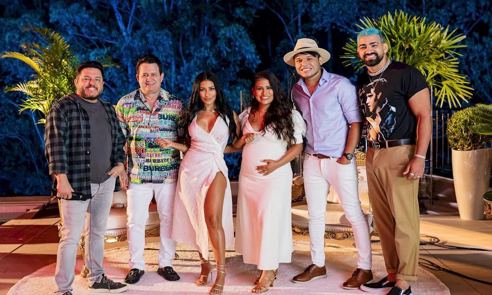 Simone e Simaria gravam novo DVD durante feriado com participações especiais