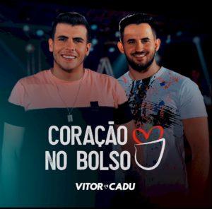 """EXCLUSIVO: Vitor & Cadu lançam """"Coração no Bolso"""", primeiro single do DVD """"Case"""""""
