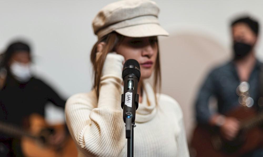 Sennheiser anuncia collab na premiere do Grammy Latino 2020