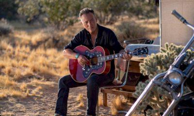Bruce Springsteen é o primeiro artista a emplacar álbuns no TOP 5 em seis décadas