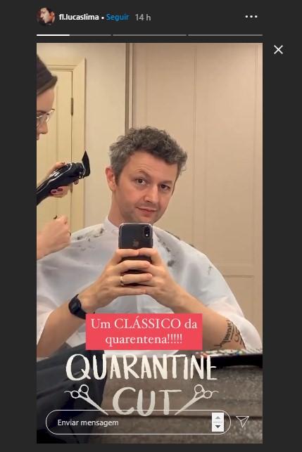 """Sandy aparece cortando cabelo do marido Lucas Lima: """"Um clássico"""""""
