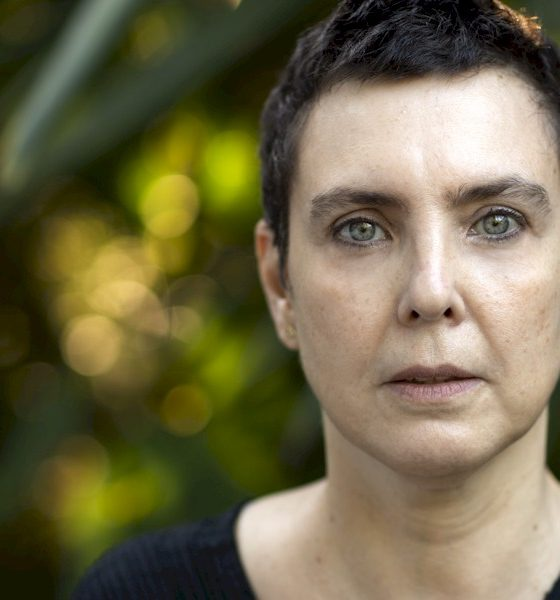 Adriana Calcanhotto celebra 30 anos de carreira com EP de remixes