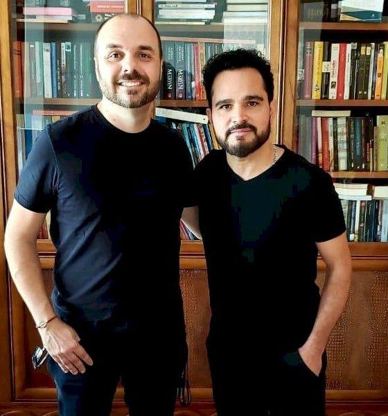 Luciano Camargo assina contrato com a ONErpm para o seu projeto solo gospel