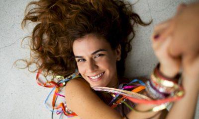 """""""Veia Nordestina"""" de Mariana Aydar é consagrado peo Grammy Latino"""