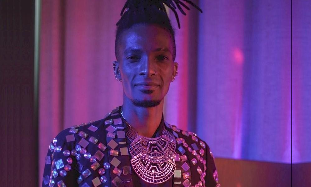 """Jonathan Ferr, expoente do jazz brasileiro, lança o single de estreia """"Saturno"""""""