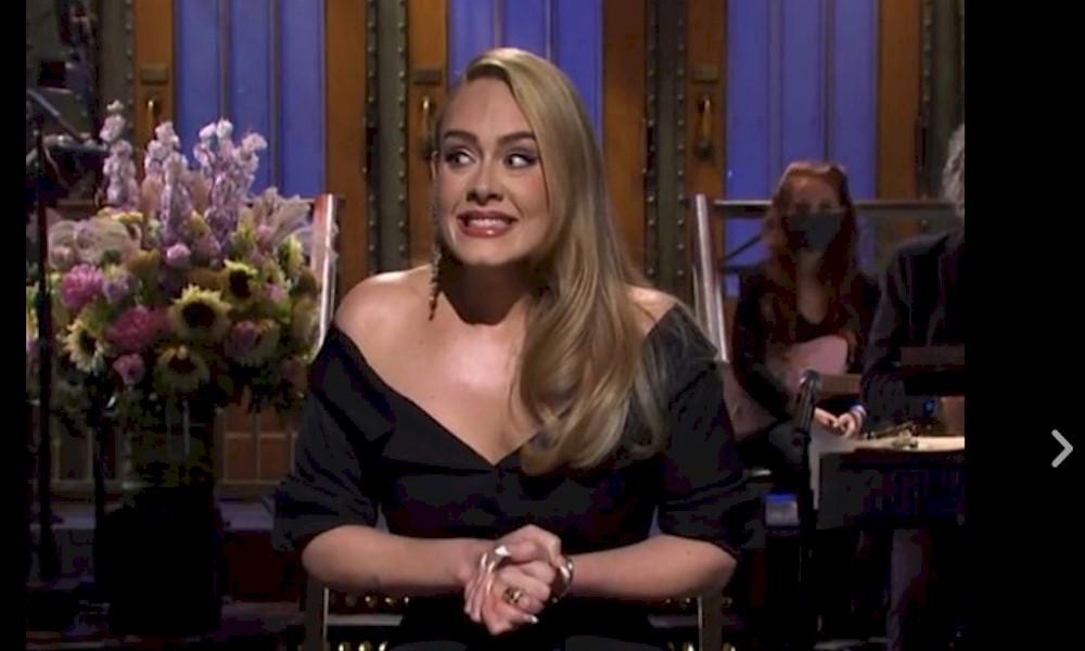 Adele está buscando uma colaboração com Beyoncé