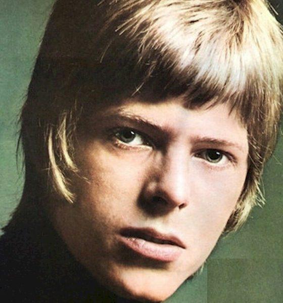 Álbum de David Bowie lançado em 1967 ganha versão em vinil picture disc