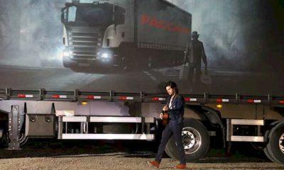 """Luan Santana homenageia os caminhoneiros em """"Armadura de Um Guerreiro"""""""