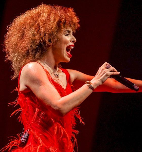 """Vanessa da Mata libera as faixas ao vivo de """"Dance Um Reggae Comigo"""" e """"Bam Bam"""""""