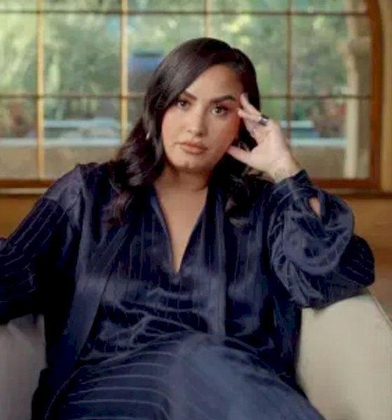"""Demi Lovato admite que ficou com """"danos cerebrais"""" após overdose"""