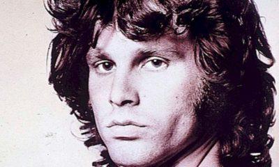 Novo livro sobre Jim Morrison mostra poesia, diários e letras da lendária voz do The Doors