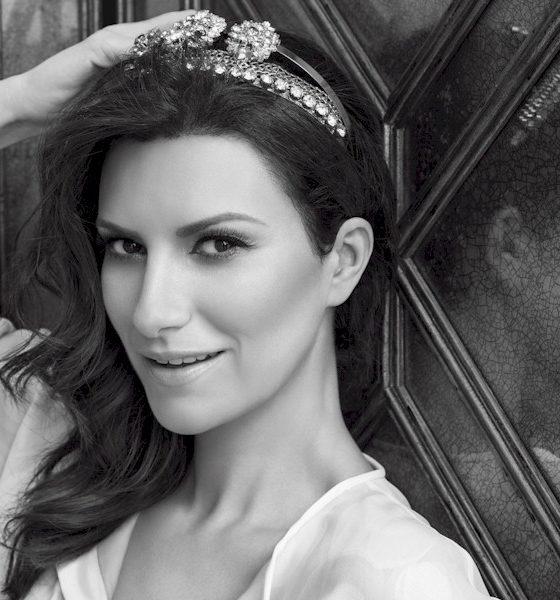 """Laura Pausini é indicada ao Globo de Ouro com """"Io Sí"""""""