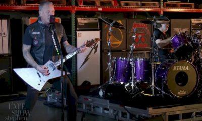 """Metallica: confira a performance da banda em """"Enter Sandman"""""""