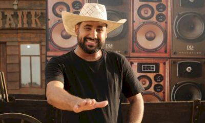 """Raí Saia Rodada se destaca com a música mais escutada do país: """"Tapão na Raba"""""""