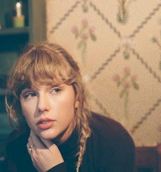"""Taylor Swift iguala recorde de Dolly Parton com """"Love Story"""" (Taylor's Version)"""""""