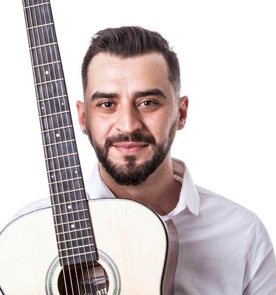 """Thiago Stancev lança seu novo single """"Só Deus Pra Imaginar"""""""