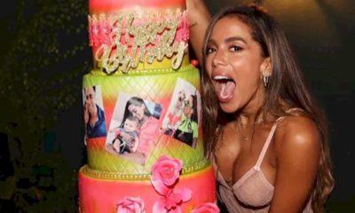 Anitta comemora aniversário em balada de Miami