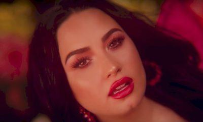 """Demi Lovato diz é """"gay demais"""" para se casar com um homem"""