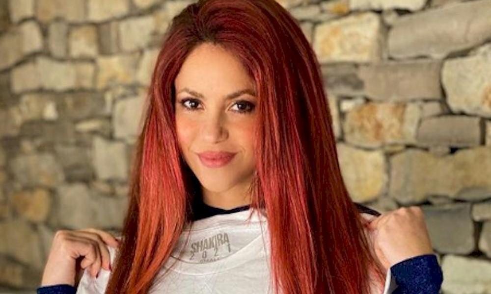 Shakira pode participar do novo álbum de Anitta