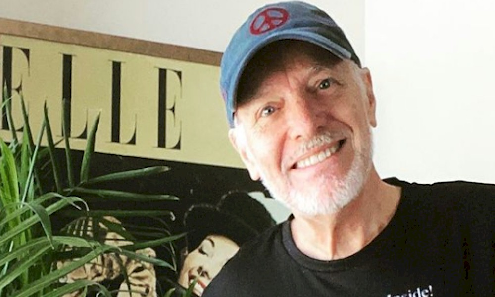 "Peter Frampton faz releitura de ""Isn't It a Pitty"" de George Harrison"
