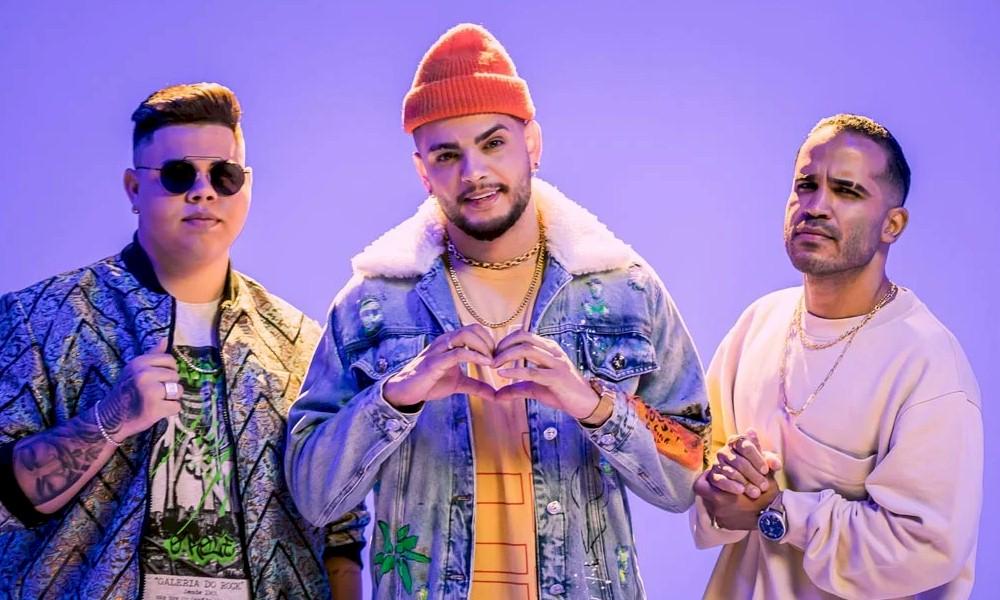 "Rogerinho se une a MC WM e DJ Pernambuco no single ""Devagarinho"""