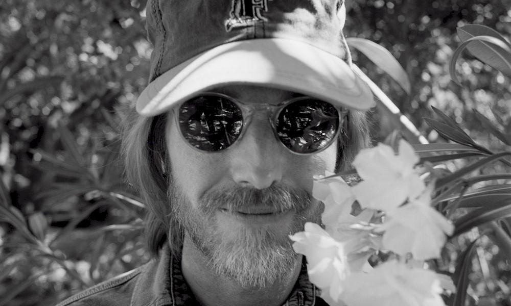 "Tom Petty: ouça ""Finding Wildflowers"" em versões alternativas"