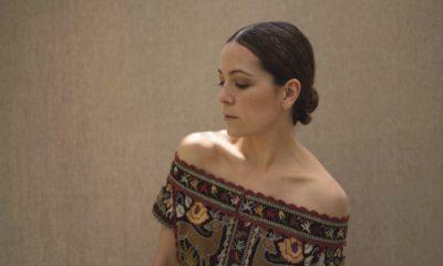 """Natalia Lafourcade: novo álbum """"Un Canto por México Vol. 2"""" conta com Caetano Veloso"""