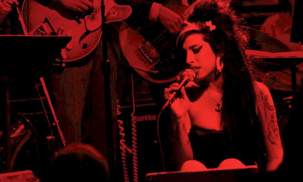 Show de Amy Winehouse em Londres vai ao ar na TV paga