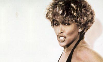 Tina Turner, Foo Fighters e Jay-Z são imortalizados no Hall da Fama do Rock