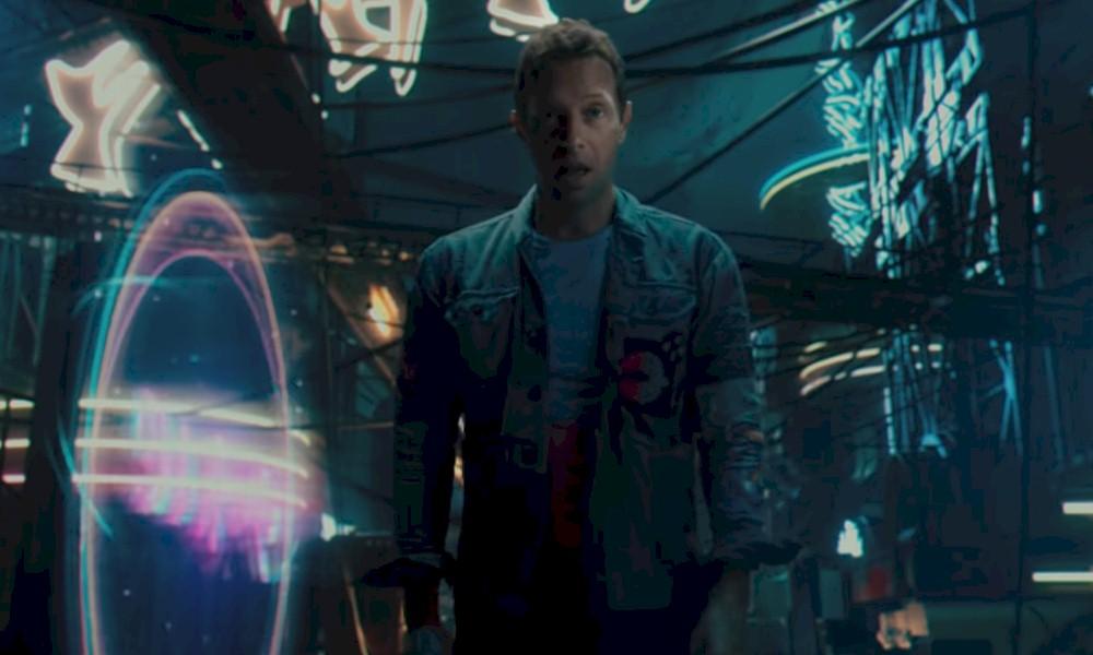 """Coldplay aposta em vídeo futurista para """"Higher Power"""""""