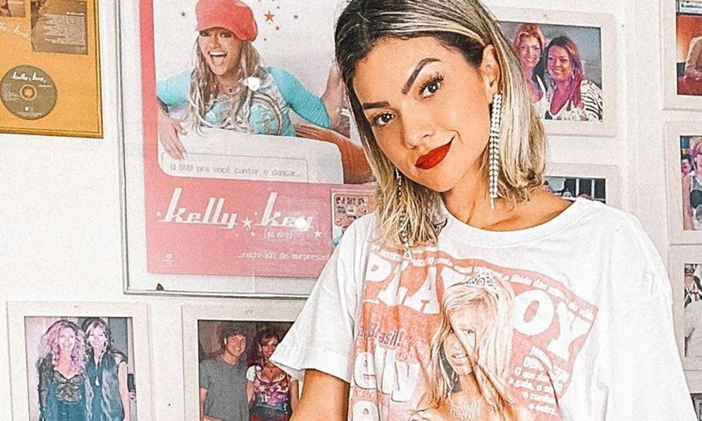 Kelly Key revisita o inicio de sua carreira em fotos no Instagram