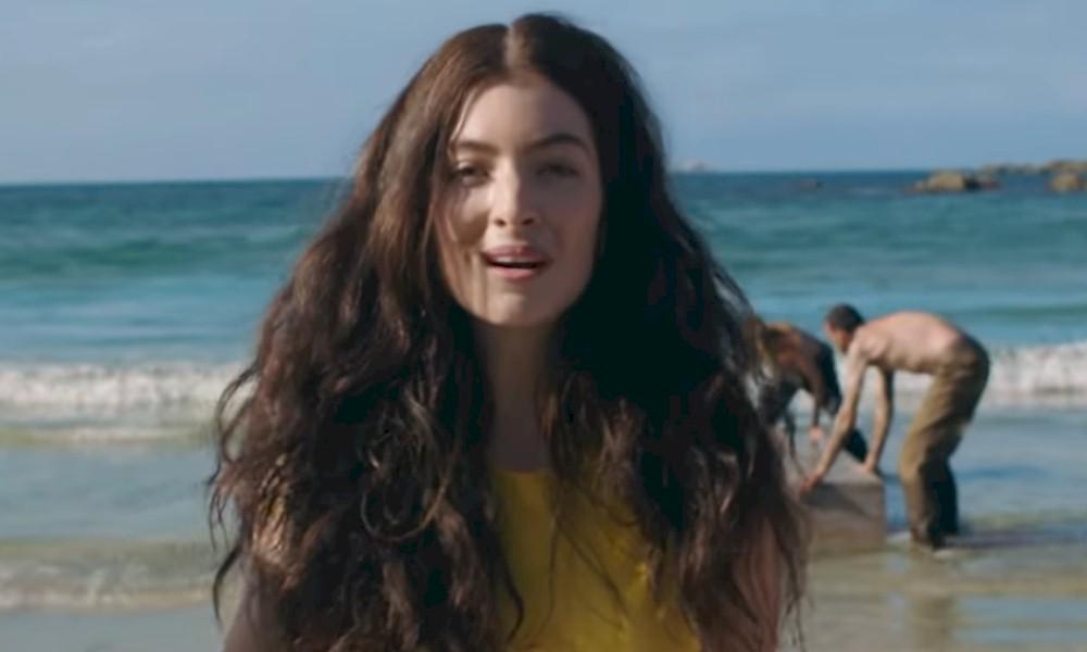 "Lorde sobre a capa de ""Solar Power"": ""Intensa, alegre e selvagem"""