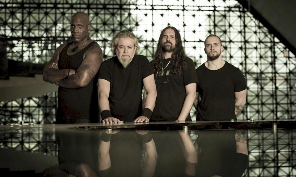 """Sepultura lança nova versão para """"Mask"""" com Devin Townsend"""