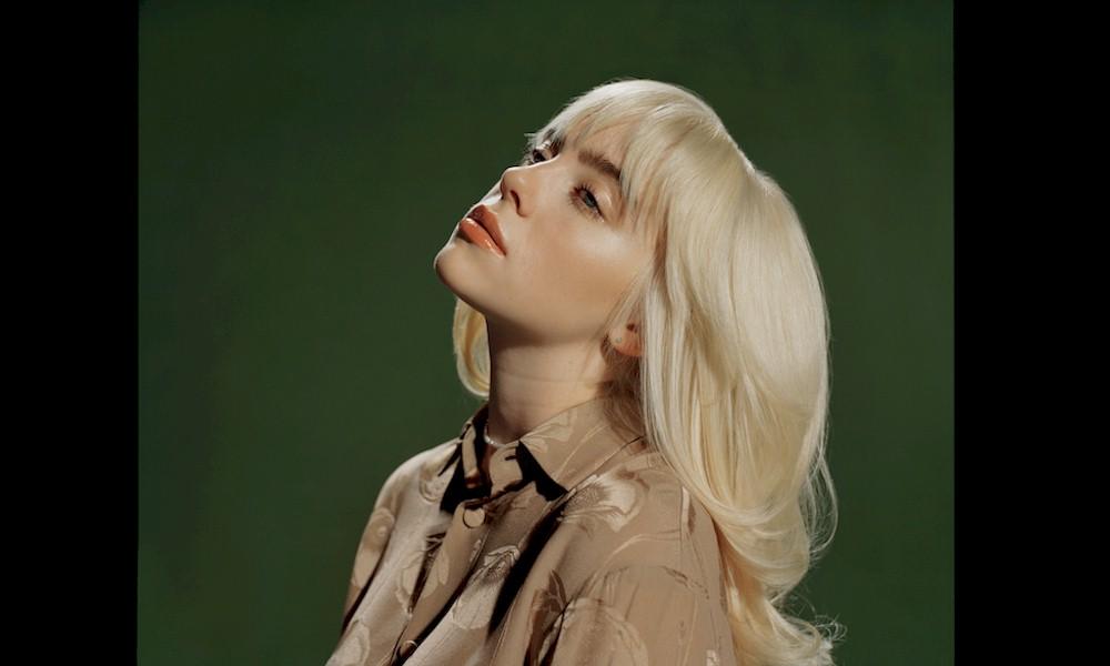 Billie Eilish joga tinta em capa de seu novo álbum e resultado assusta fãs
