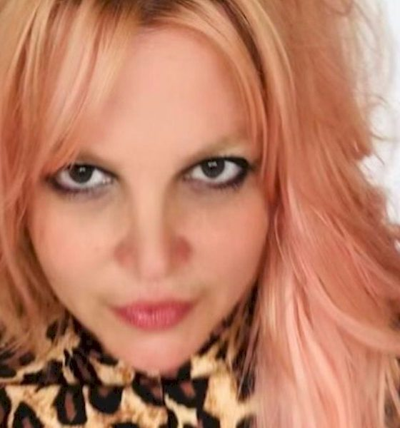 Britney Spears afirma que não voltará aos palcos se pai continuar a controlar sua carreira