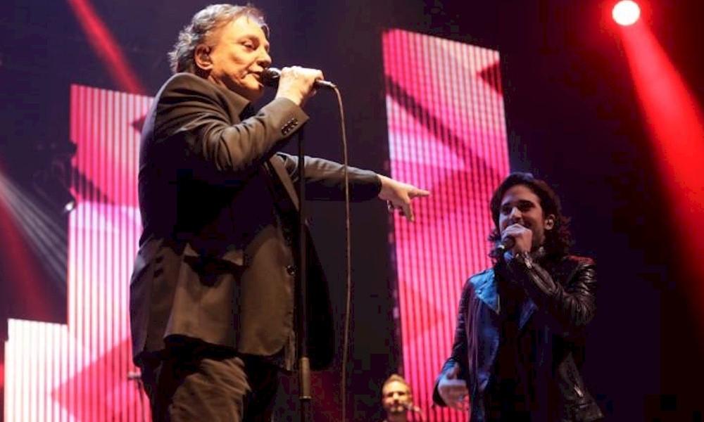 Fábio Jr. se divide palco com Fiuk e se emociona