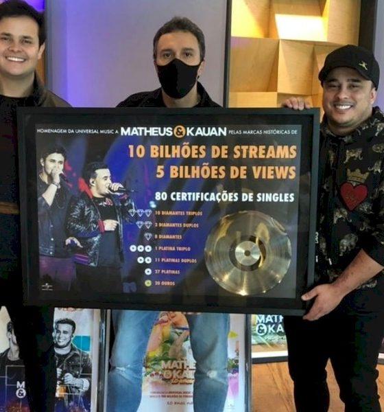 Matheus & Kauan recebem certificação por 10 bilhões de streams nas plataformas