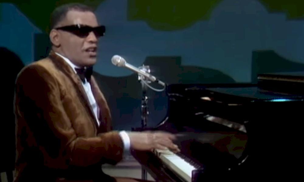 "Ray Charles canta ""Eleanor Rigby"" em vídeo inédito de 1968. Assista"