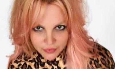 Pai de Britney Spears desiste da tutela da artista