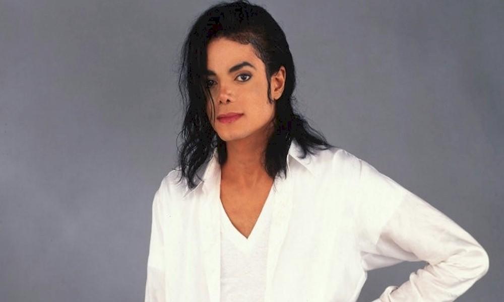 Mulher afirma que é casada com fantasma de Michael Jackson