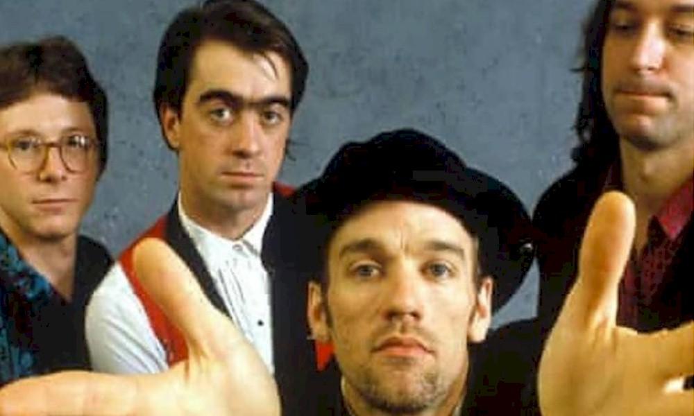 R.E.M. anuncia relançamento de álbum de 1996 em edição especial