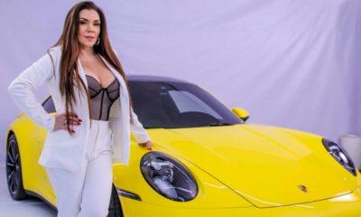 Simony realiza ensaio fotográfico com carro de R$ 1 milhão