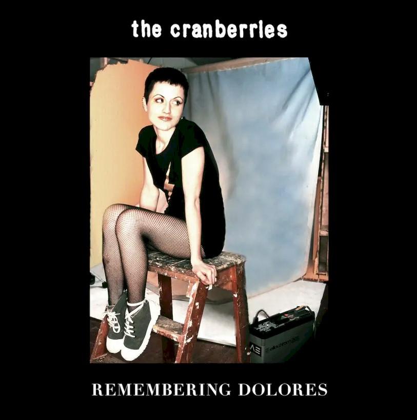 """The Cranberries celebra 50 anos de Dolores O'Riordan com o álbum """"Remembering"""""""
